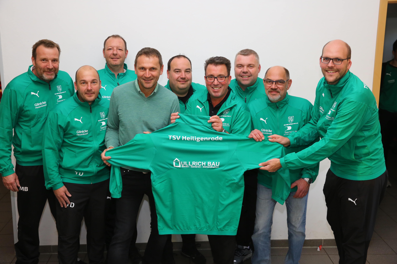 ullrich-bau-sponsoring-trainingsanzuege-2